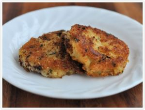 parmesan-crusted-fried-mashed-potato-cakes